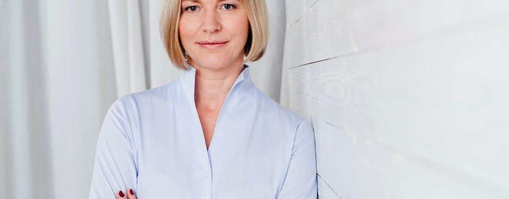 Claudia Schneider-J