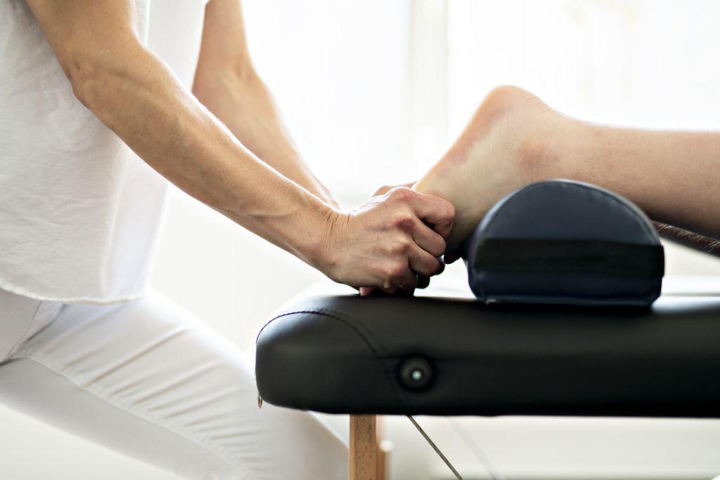 fersensporn-massage-behandlung